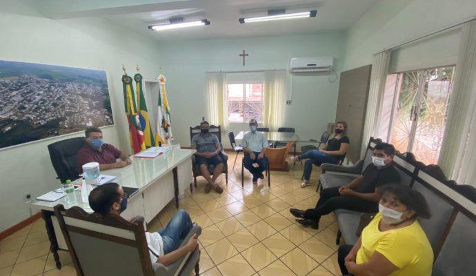 Prefeito Fidel se reúne com bancada do PDT