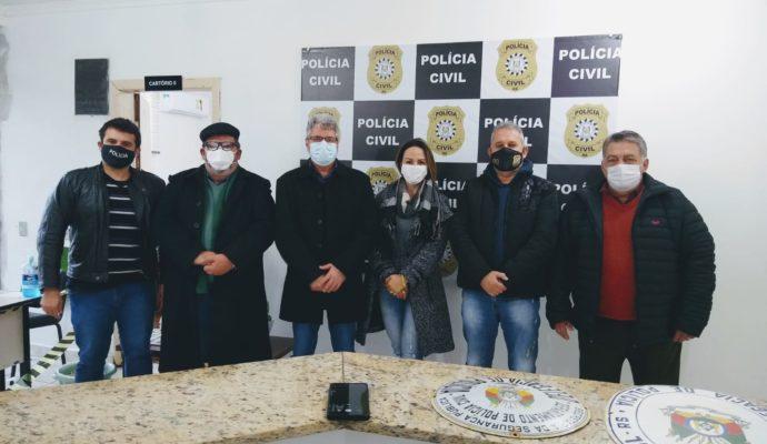 Poder Executivo visita Delegacia de Polícia